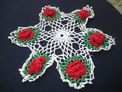 """lot 44- ESTATE HAND CROCHET 12"""" ROUND DOILY 3D RED ROSES GREEN FIELD WHITE LACE"""