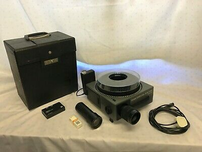 Kodak Carousel S-AV 2050 Slide Projector with Case, I/R Remote & Carousel