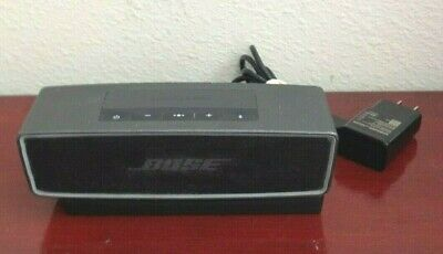 Bose Soundlink Mini Ii 416912 Bluetooth Portable Speaker W/Cradle. Works Great