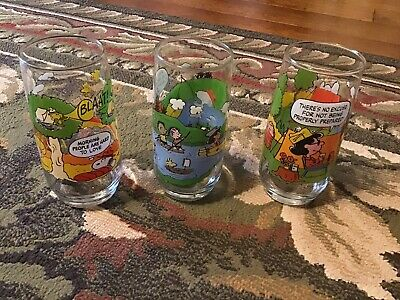 3 Vintage CAMP SNOOPY PEANUTS 1983 McDonald's glasses Charlie Brown & Lucy