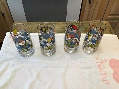 Vintage Smurf Glasses 1983 Peyo Wallace Berrie & Co. Lot of 4 Different Smurfs