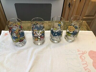 Vintage Smurf Glasses 1982/83Peyo Wallace Berrie & Co. Lot of 4 Different Smurfs