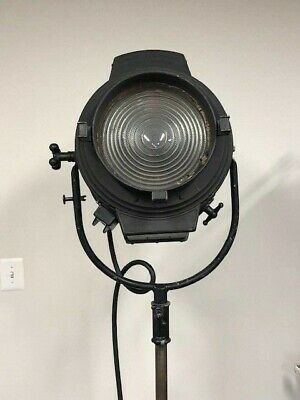 Bardwell & McAllister Vintage Hollywood Light