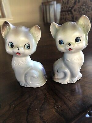 Vintage Set of Cat Salt and Pepper Shakers - Japan