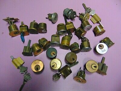 30   Mortise,Rim And Knob Locks   Cylinders  Some With  Key.          Locksmith