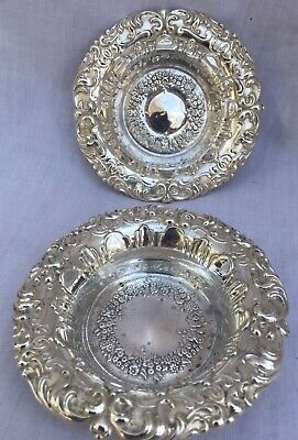 2 x INTERNATIONAL SILVER COMPANY  REPOUSSÉ NUT DISHES BOWLS SOLID SILVER C1018
