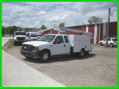 2007 FORD F350 EXTENDED CAB V10 AUTO WITH 34' REACH 'ETI' BUCKET/BOOM Used 34""