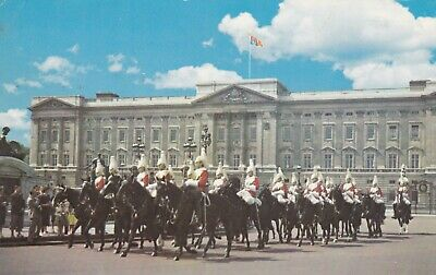 London Mounted Guards at Buclingham Palace Uniformes Chevaux