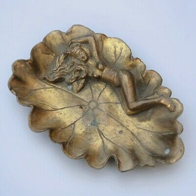 Collectable China Old Bronze Hand-Carved Nude Belle & Lotus Auspicious Ashtray
