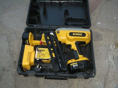 DEWALT DC618 Cordless Framing 2nd fix Nail Gun - BEST CONDITION - USED ONCE