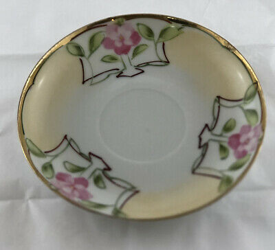 """Vintage Fine China Unmarked Saucer Only Pink Flowers With Gold Rim 5 1/4""""*******"""