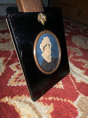 Early 19th Century Portrait Of A Lady In Antique Ebonised Acorn Frame - Georgian
