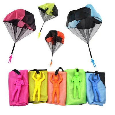 Hand Throwing Mini Soldier Parachute Outdoor Game Play Funny Toy Random NIGH