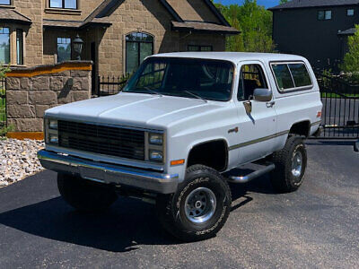 1983 GMC Jimmy NO RESERVE NO RESERVE 1983 GMC JIMMY SIERRA CLASSIC CUSTOM VERY RARE STUNNING RESTORED 4X4