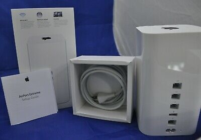 Apple AirPort Extreme Base Station Model A1521, 802.11ac dual band.