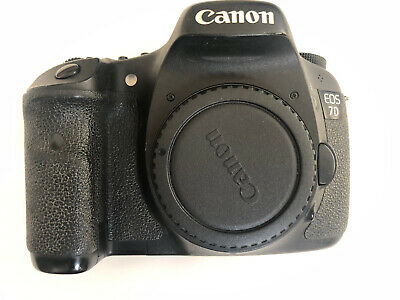 Canon EOS 7D 18.0MP Digital SLR Camera - Black (Body Only) For Parts.