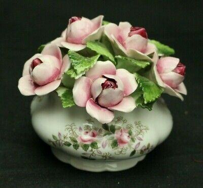 Royal Albert Lavender Rose Made In England Ceramic Floral Mint Condition