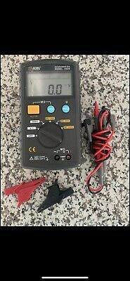 USED AEMC Digital Megohmmeter Model 1026 w/ Test Leads