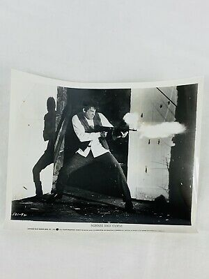 """8X10 PUBLICITY PHOTO FAYE DUNAWAY IN THE FILM /""""BONNIE AND CLYDE/"""" ZY-917"""