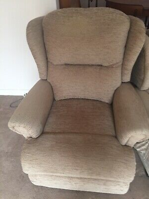 HSL ELECTRIC AYSGARTH Riser Recliner Designed with