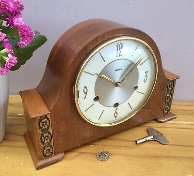 Superb Smiths Westminster Chimes Mantel Clock, in full working order. c1950s