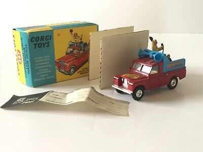 Corgi 487 Chipperfields Circus Land Rover replacement twin speakers