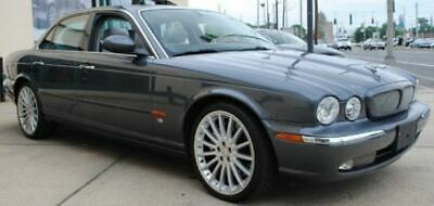 2005 Jaguar XJR XJR 2005 Jaguar XJR PARTING OUT