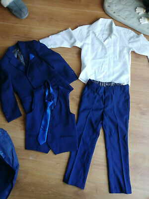 Paisley Of London Navy Blue 5 Piece Suit In Suit Bag. Age 5 Years. Pageboy, chur