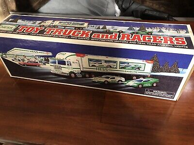 Hess Truck 1997 - Toy Truck And Racers - New!