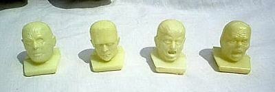 Universal Monsters Glow-In-The-Dark Premium Heads Set 4