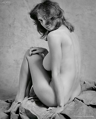 Natalie 35655.07 B&W Fine Art Figure Model, hand-signed photo by Craig Morey
