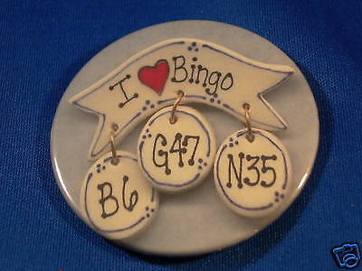 "I LOVE BINGO "" brooch  look"" Button  pin pinback badge"