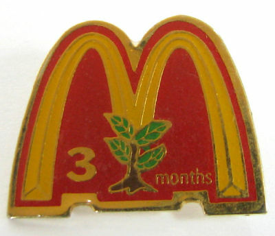 OLD McDONALD'S PIN BADGE 3 MONTHS ADVERTISING TREE »