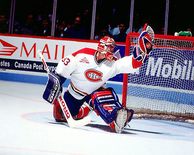 PATRICK ROY Unsigned MONTREAL CANADIENS 8x10 Photo