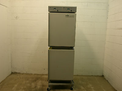 Nuaire NU 2700 - AutoFlow Water-Jacketed CO2 Incubator