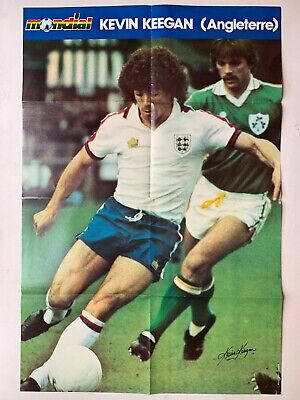 Om Plus N°327 Couv Andre Luis Moreira