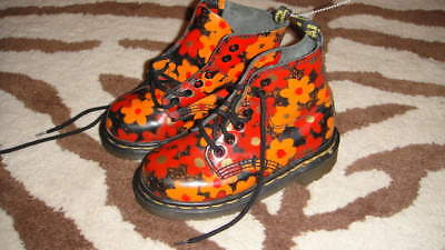 Extremely Rare Doc Dr Martens Girls 11 Floral Flower Boots Amazing