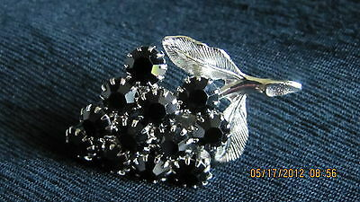 Vintage Small  Silver Tone Leaf With 12 Black Glass Floral Or Grape? Pin