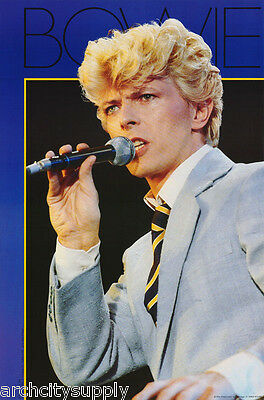 Poster : Music : David Bowie W/microphone  - Free Shipping !   #15-293    Lw18 Q