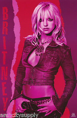Poster : Music : Young Britney Spears - Red -  Free Shipping ! #9056 Rw8 O