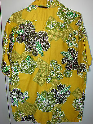 No Label Large Psychedelic Island Flowers & Tapa/1970/Mint