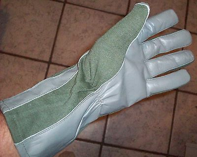 Nomex Pilots / Combat Gloves - Leather Palm Olive Green