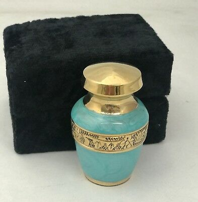 Solid Brass Heart Engraved Keepsake Cremation Urn W/velvet Case Free Shipping