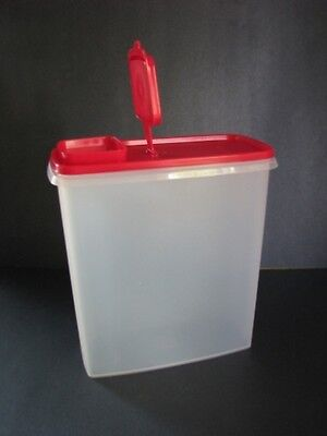 Tupperware Super Cereal Storer 20 Cup Capacity - Large Passion Red Pour Seal