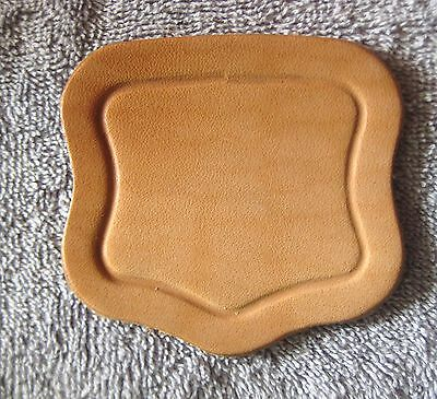 "LEATHER LID LIFT.  NATURAL FINISH SINGLE PLY LEATHER  3 1/4"" x 3 1/2"" 4227  x"