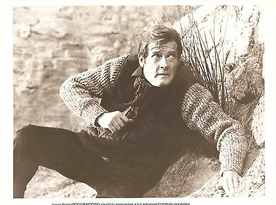 "ROGER MOORE as JAMES BOND in ""For Your Eyes Only"" Original Vintage Photo 1981"