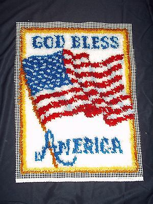 """Finished  Latch Hook GOD BLESS AMERICA Rug NEW 20"""" x 27"""""""