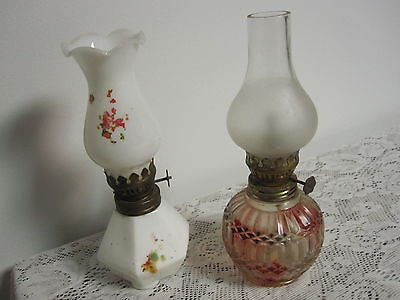 VINTAGE SMALL CLEAR OIL LAMP WITH GLOBES ONE MILK GLASS