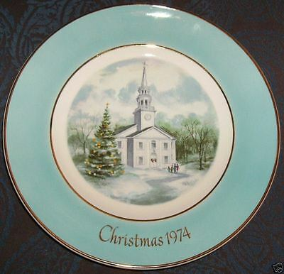 Avon Christmas 1974 Collector Plate Country Church