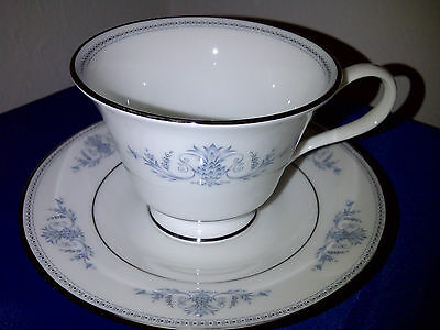 LENOX BONE CHINA**OXFORD BRYN MAWR**CUP & SAUCER SET (made in USA)